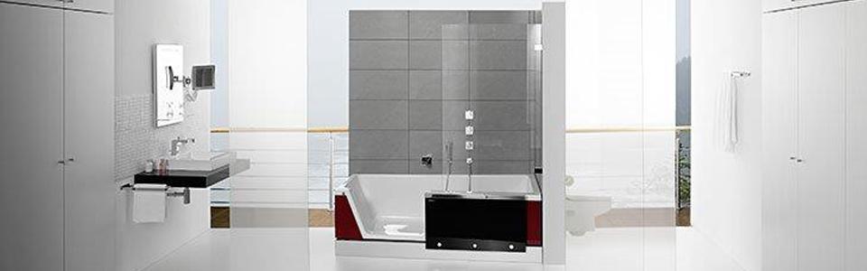 Modern Eingerichtetes, Helles Badezimmer